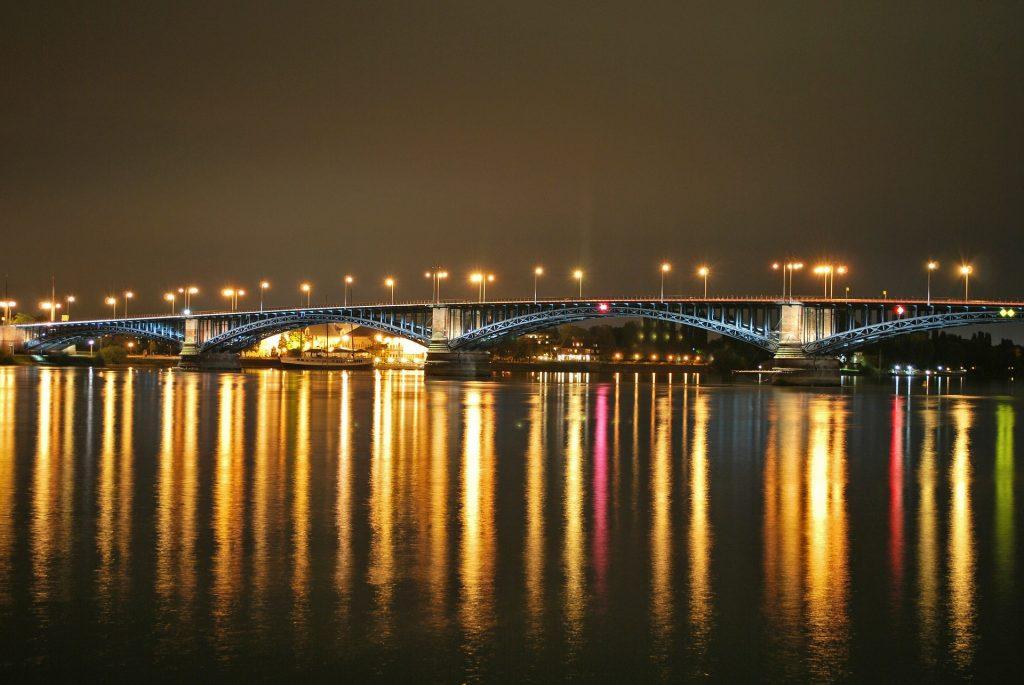 Rechts des Rheins ist auch noch Mainz!