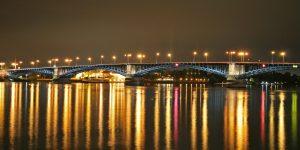 Mainz bleibt Mainz, auch rechts des Rheins